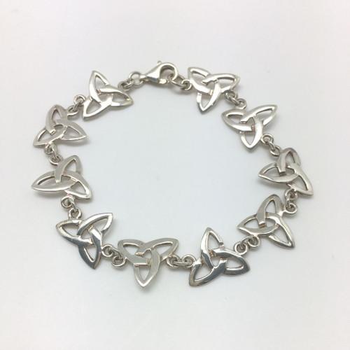 Trinity Knot Silver bracelet