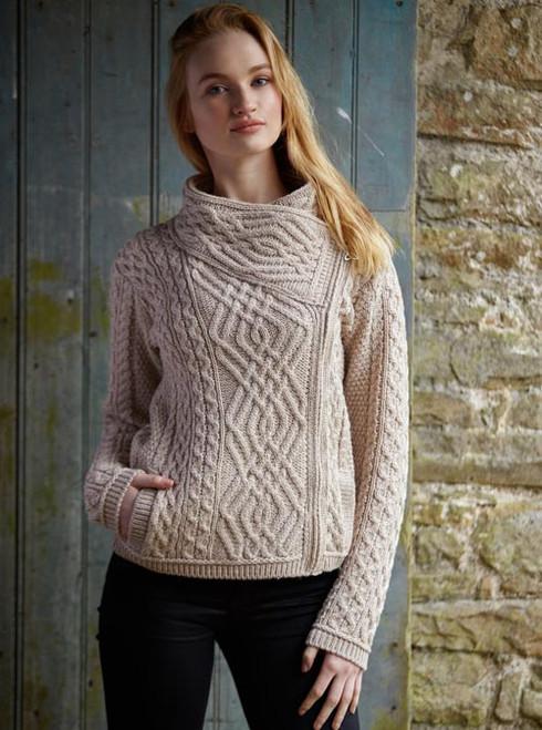 Woman's short side -zip cardigan (Parsnip)