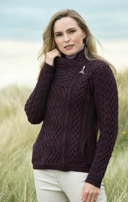 Woman's short side -zip cardigan (Damson)