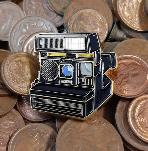 Official exclusive Pins - polaroid 70s
