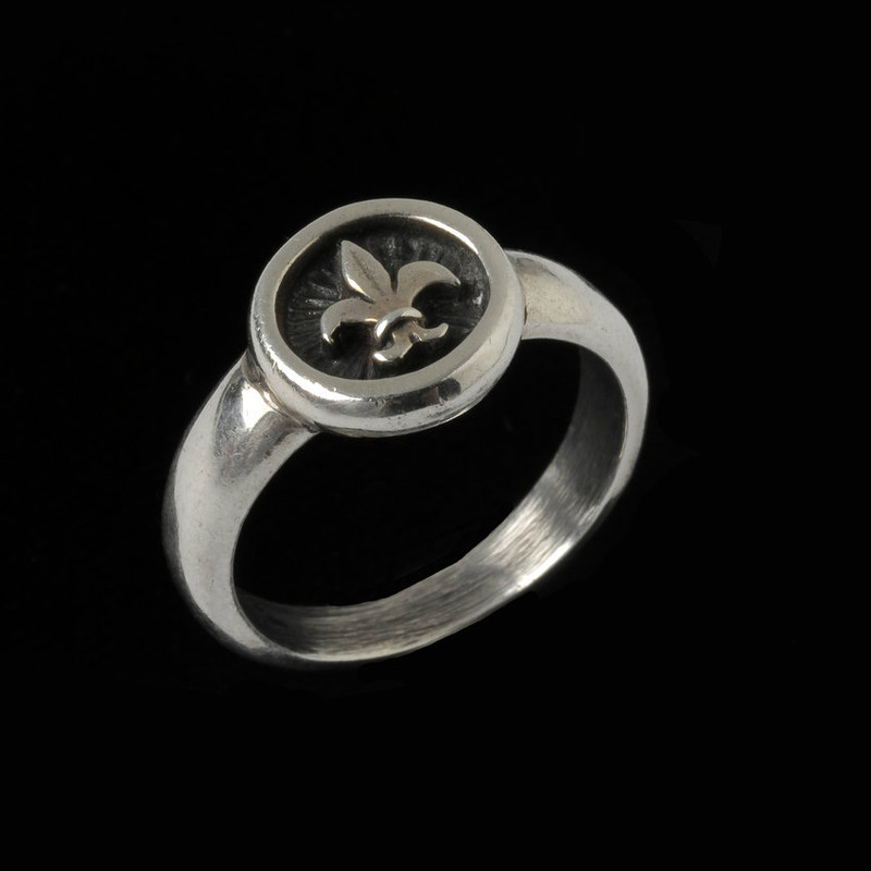Fleur de lis Ring handmade in Sterling Silver by Bowman Originals, Sarasota, 941-302-9594.