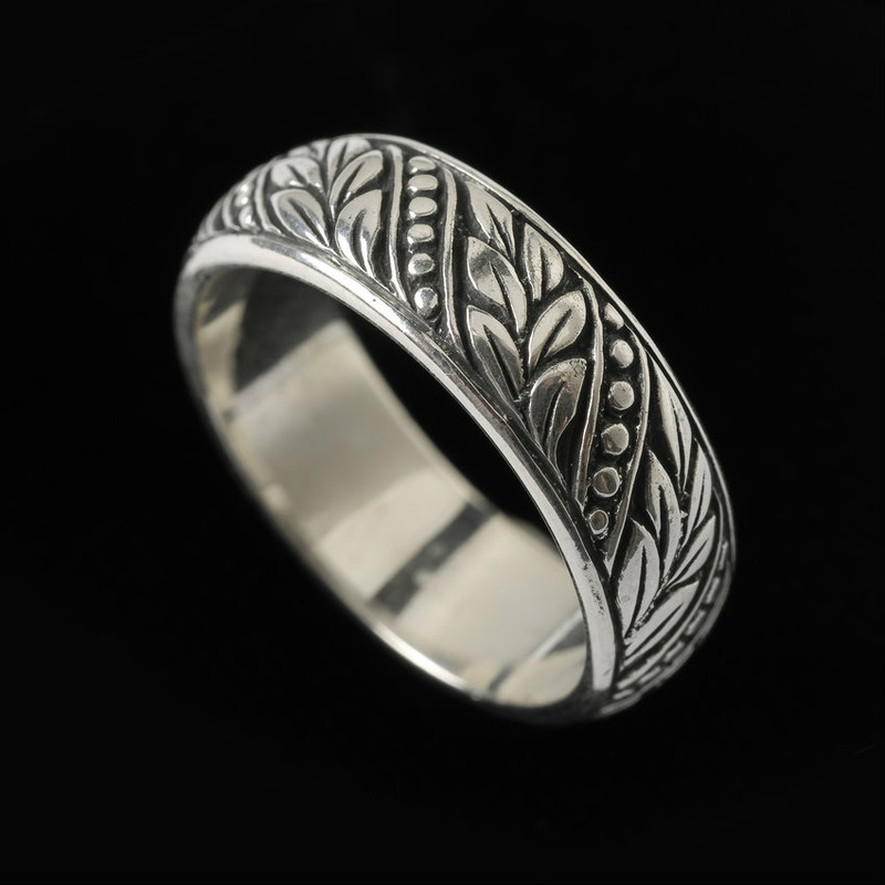 Handmade  and engraved Sterling Silver Wedding Ring Band in Laurel Leaf pattern by Bowman Originals, Sarasota, 941-302-9594