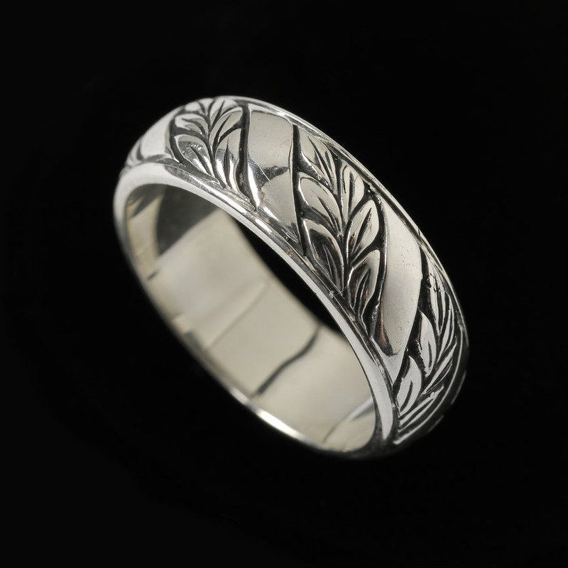 Handmade and engraved Laurel Leaf  Wedding Ring Band by Bowman Originals, Sarasota, 941-302-9594