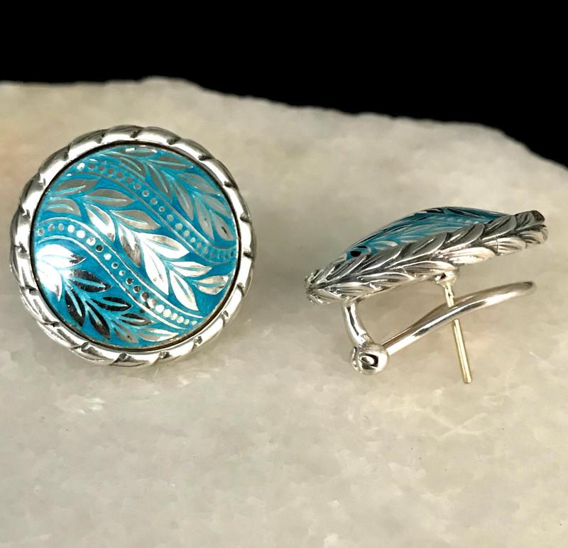 Dome Laurel Leaf Earring, Sterling Silver, Enamel, handmade by Bowman Originals, Sarasota, 941-302-9594