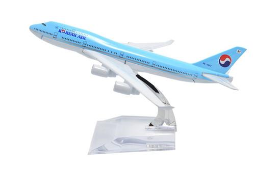 Korean Air Boeing 747 Toy Model