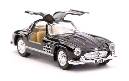 Classic Mercedes Benz 300SL Toy Model