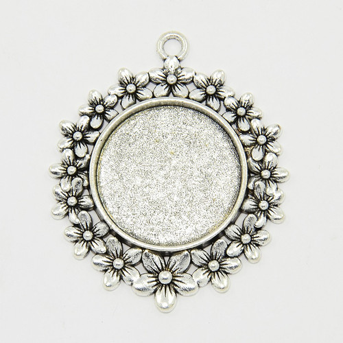 Round Flat Alloy Pendant Flower Etched 25mm – Antique Silver 10pcs