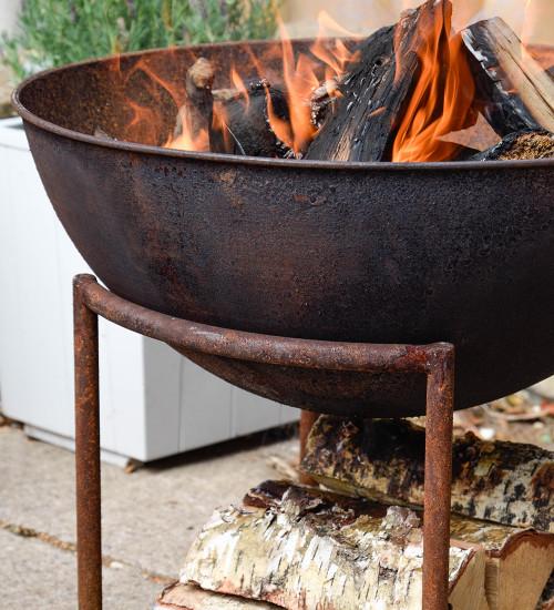 Firebowl with Log Holder