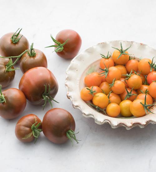 Tomato 'Sungold' and 'Noire de Crimée' Collection