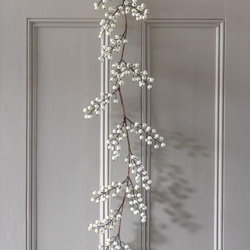 Snowberry Garland