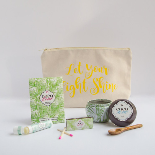 Coco La Vie_Let Your Light Shine Little Bit of Coco Travel Set_Fiji Travel Candle_open