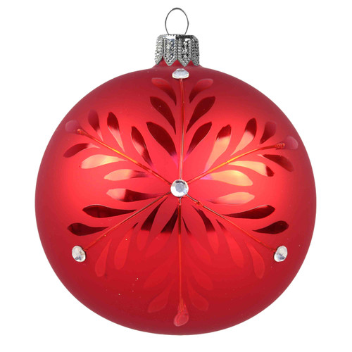 The red matte ball is decorated with a large red gloss flake decorated with tiny Swarovski crystals. The simple, traditional and very elegant décor is one of the favorites.