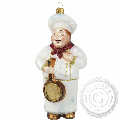 Christmas ornament cook with a pan