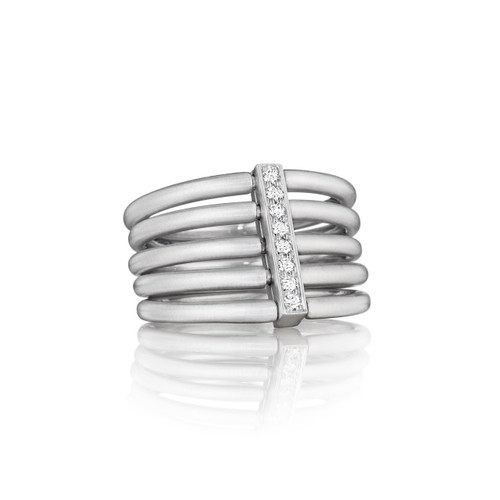 Moderne Penta Ring in White Gold