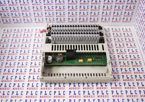 170ADI35000 SCHNEIDER INPUT MODULE 32 DI 24VDC
