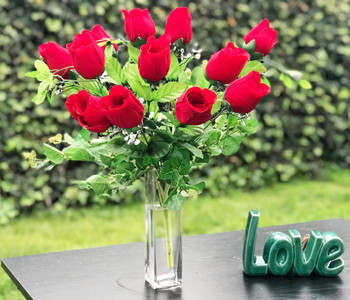 Red Rose Arrangement 12 Pieces with Glass Vase for Home Wedding Decoration