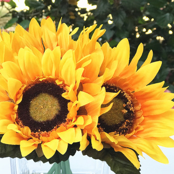 6 Heads Silk Sunflower Arrangement  in Clear Glass Vase with Faux Water