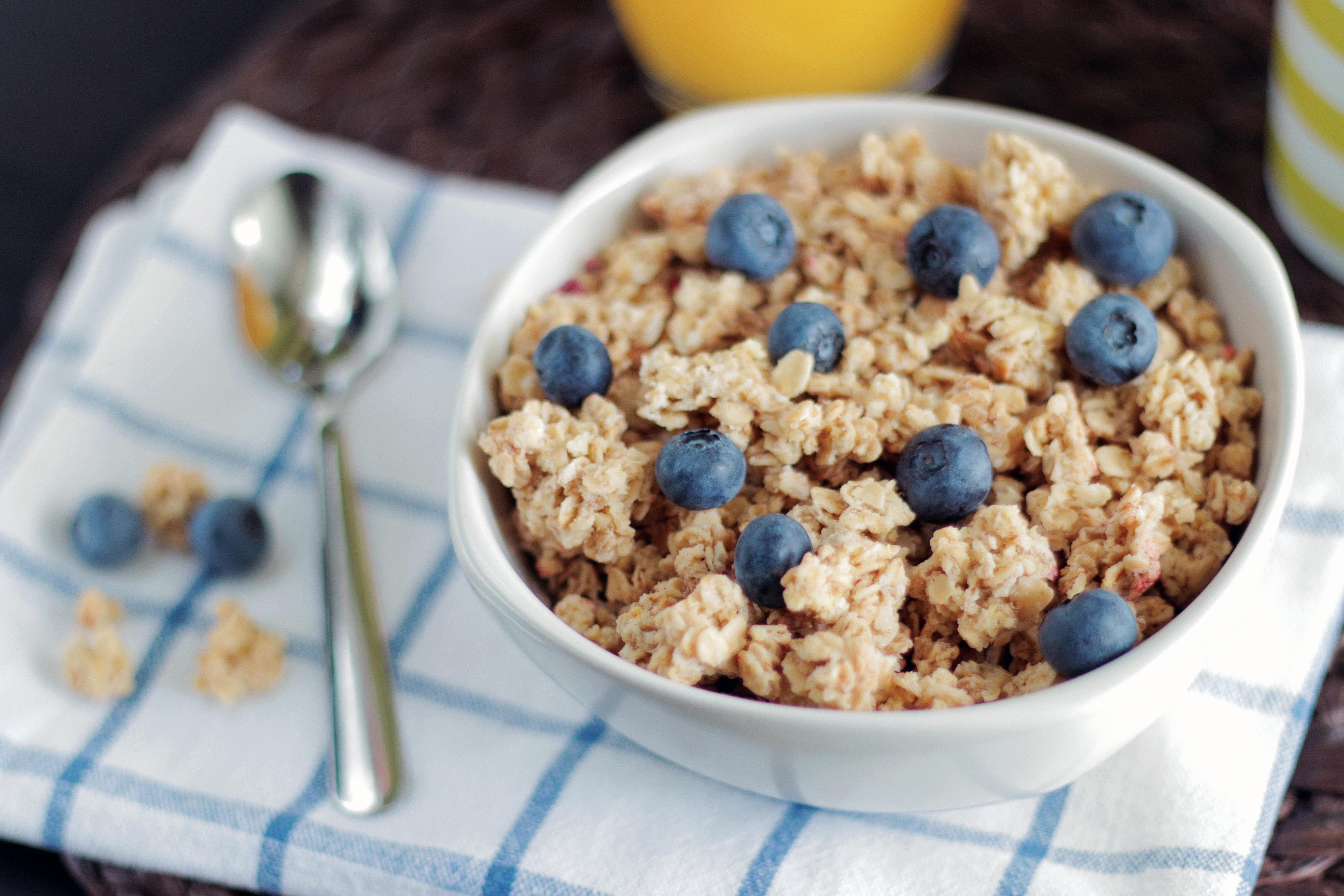 Blueberry Vanilla Protein Oatmeal
