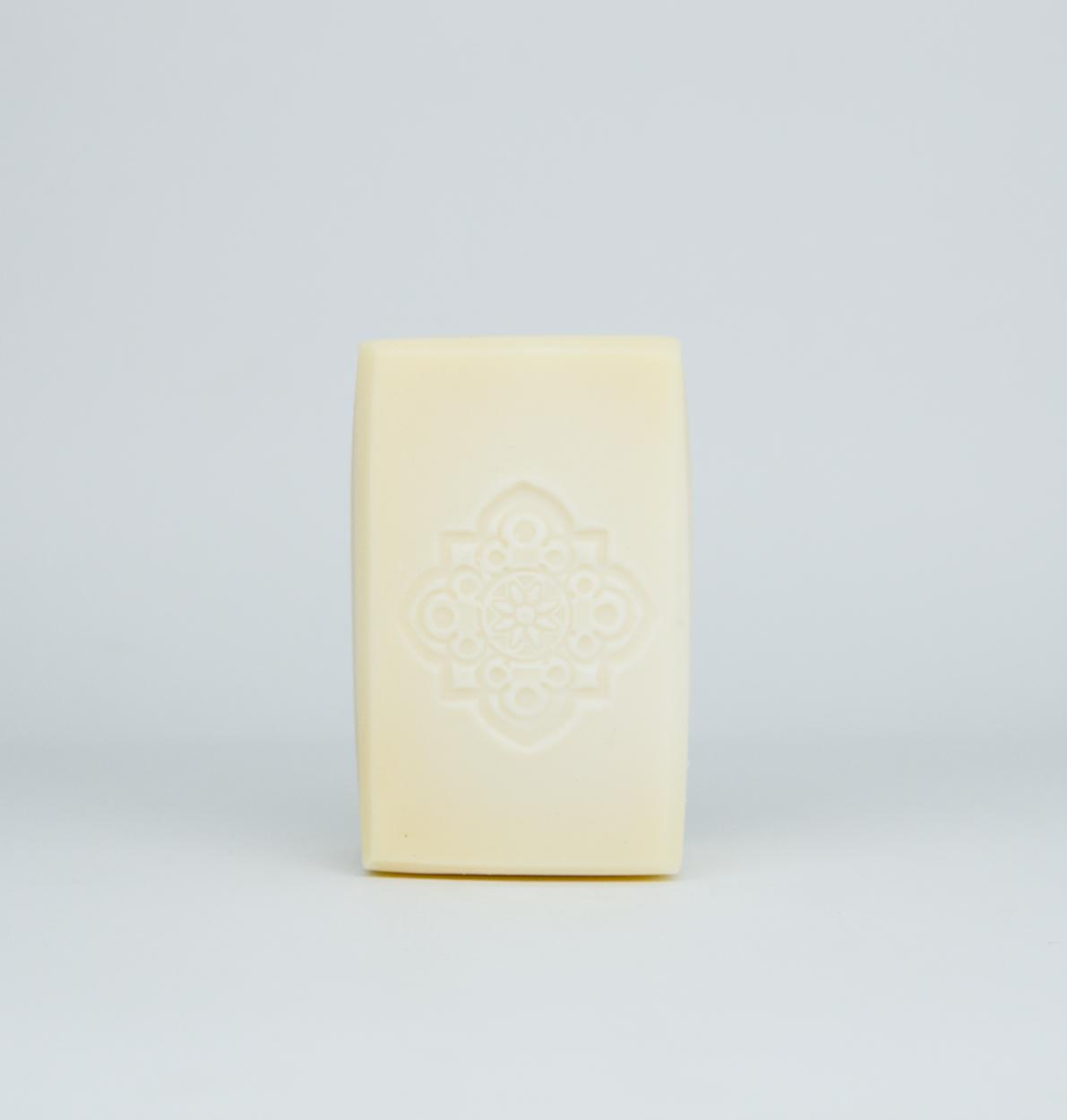 Olive oil soap for sensitive skin product shot