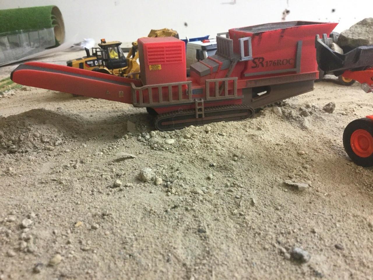 1:76/00 gauge S.R. 3D printed Rock Crusher (Weathered)