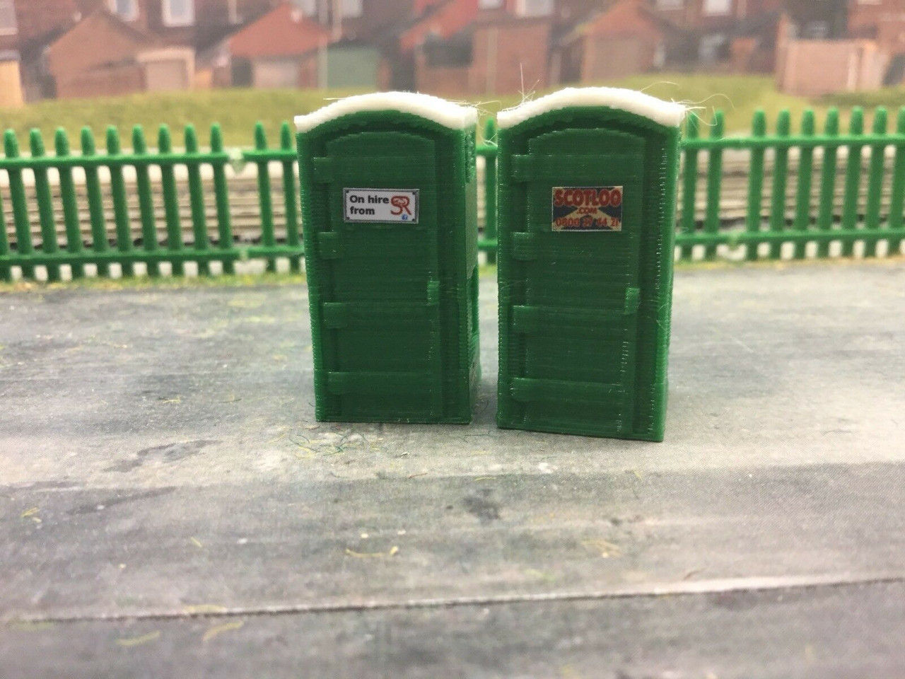 1:76 scale /  00 Gauge 3d Printed Site Toilet  Green