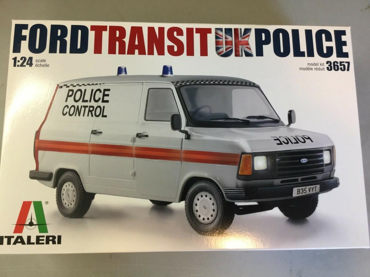 Italeri 1:24 3657 Ford Transit Mk.II Police Van Model Truck Kit