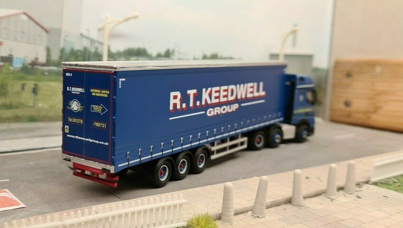 1:76 Oxford Diecast Mercedes Actros GSC Curtainside R T Keedwell