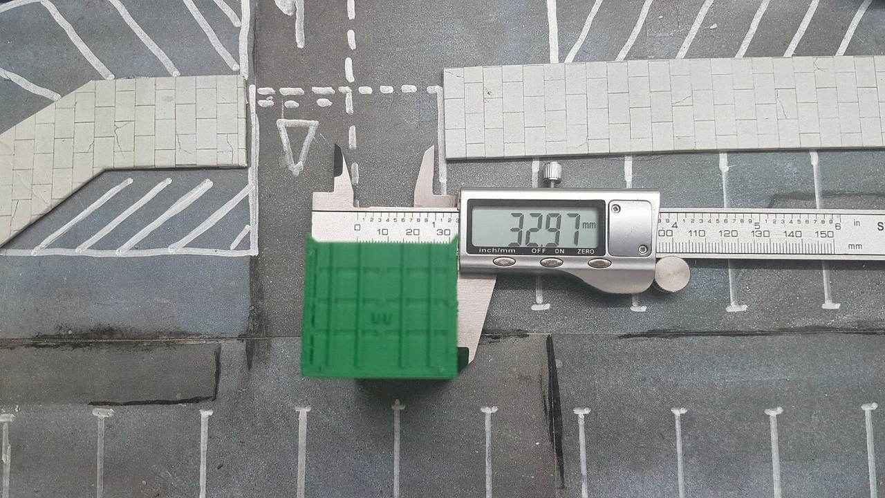 1/76 Scale 3D Printed Site container Office/canteen (Green)