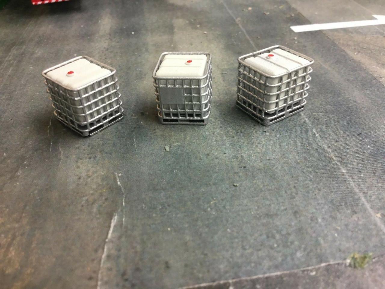 1/76  00 gauge 3D printed IBC tank (pack of 3)