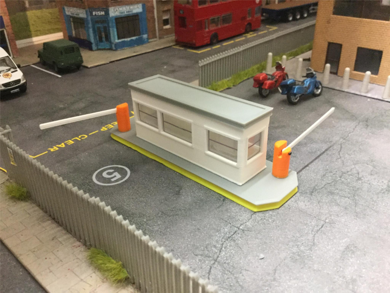 1.76 Scale Security barrier hut/ Gate house