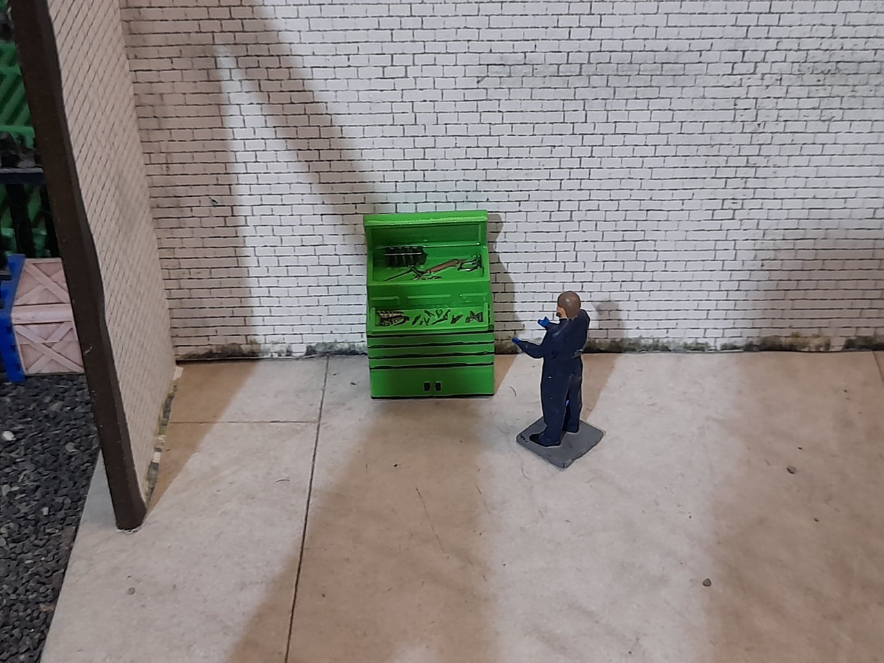 High detailed resin printed toolbox and figure (Hand Painted)