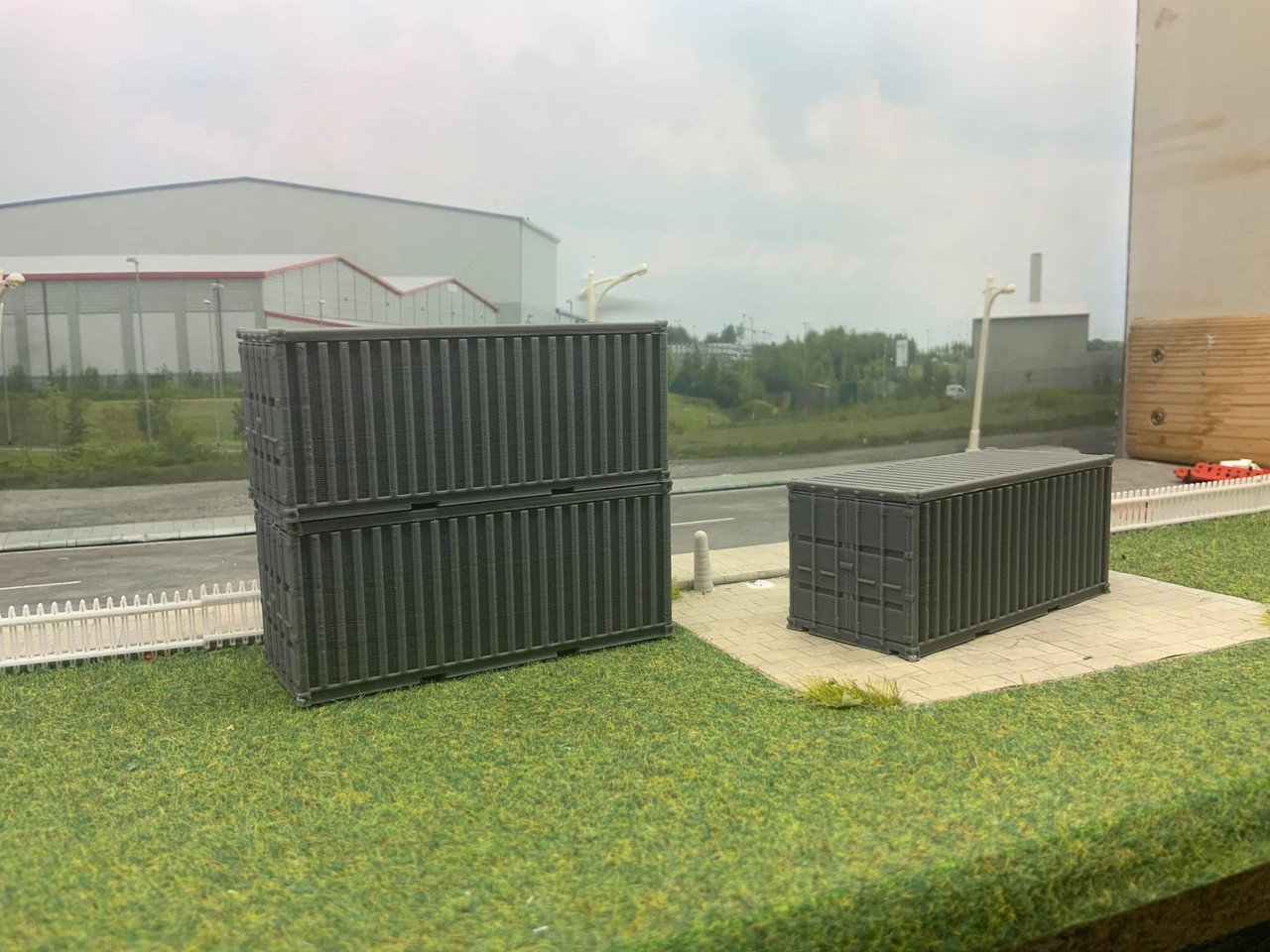 1:76 scale SR Hobbies 3D printed 20ft container (grey)