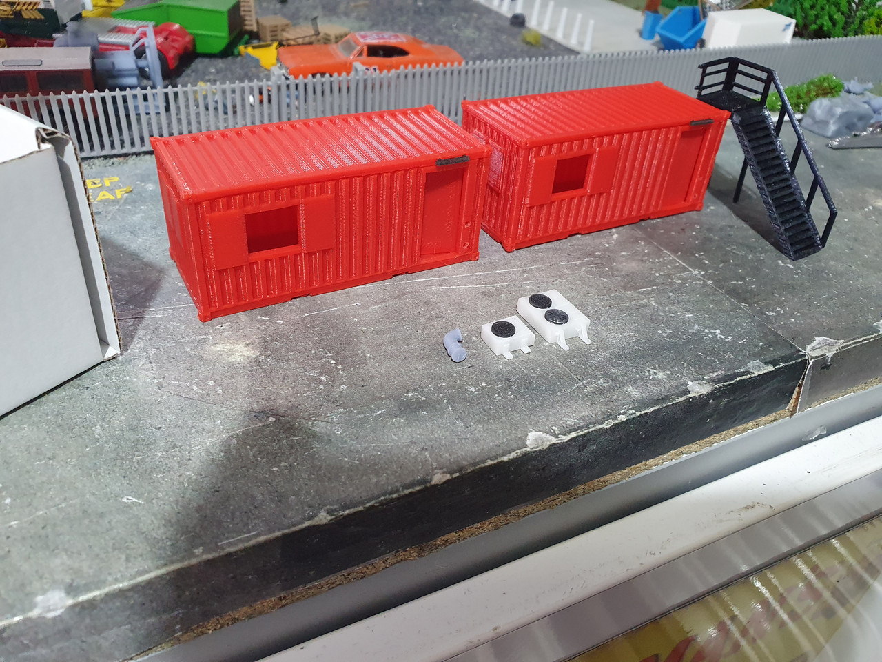 1:76 scale 3D printed High detail container offices