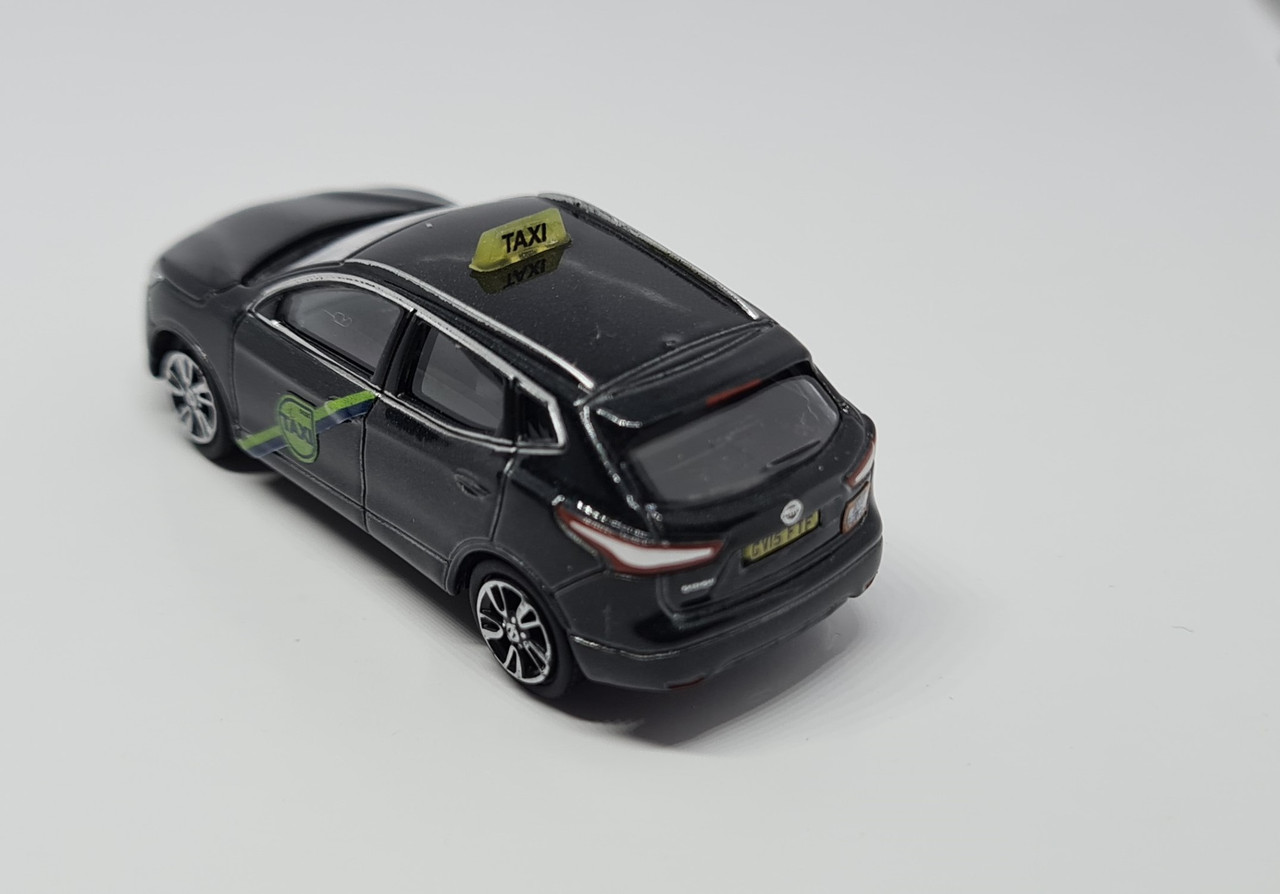 1:76 Code 3 Nissan Quashqai J11 private hire taxi (metallic Black)