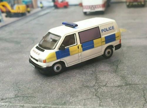 1/76 Code 3 Police Oxford diecast Volkswagen T4