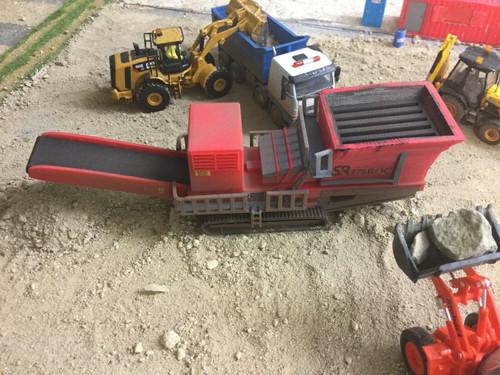 1:76/00 gauge S.R. 3D printed Rock Crusher  Weathered