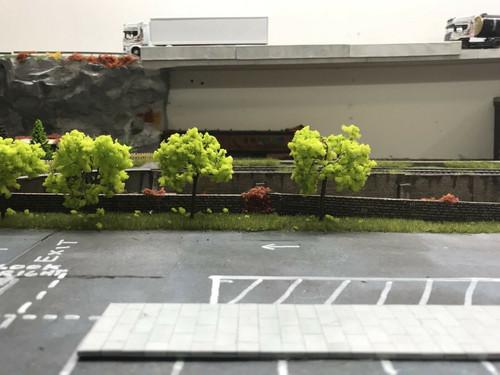 00 gauge 1/76 3x Trees  (003)