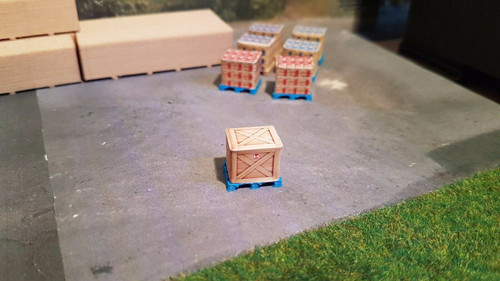 1/76,1/72 Scale and 00 Gauge 3d Printed Pallet With Large Crate Load