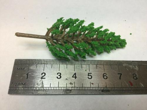 00 gauge 1/76  pack of 4x trees 8cm  (001)