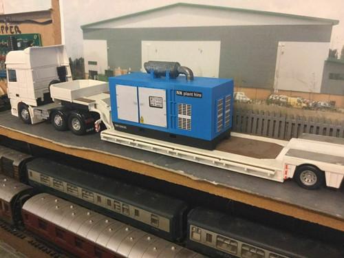 1:50 3D Printed Large Generator (blue)