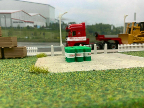 1:76/ 00 Gauge 3 D Printed Green & White Oil Barrels - 12pkt