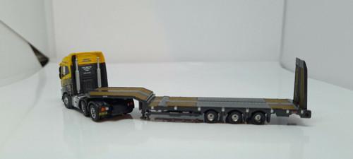 N gauge Volvo FH4 Semi Low Loader G F Job