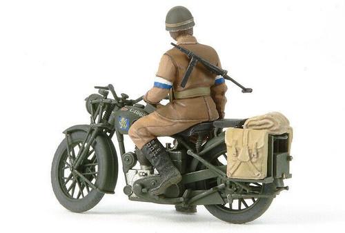 Tamiya 1:35 British BSA m20 motorcycle with military police set
