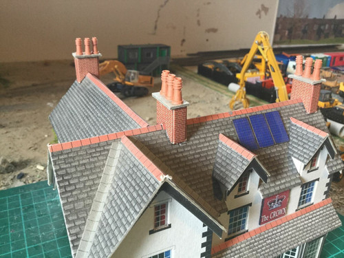 1:76 3D printed Chimney Pots (ringed Style And real terracotta)