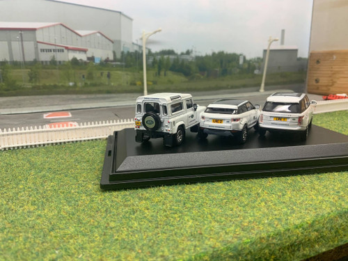 1:76 Land rover experience set