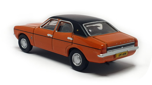 Ford Cortina MKII Sunset 76COR3009