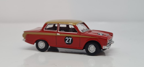 Ford Cortina MK1 Red/Gold 76COR1004