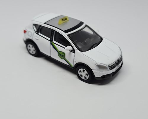 1:76 Code 3 Nissan Quashqai private hire taxi (White)