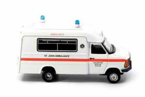 "1:76 1980`s Ambulance ""UK St. John"" UK18"