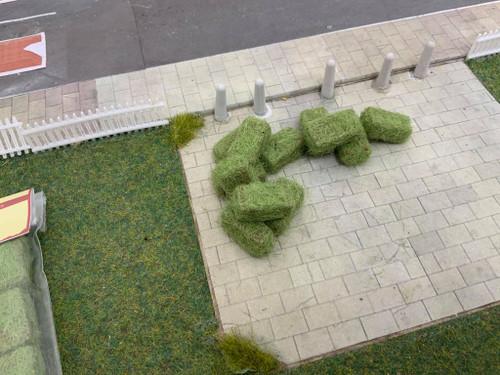 1:76 3D Printed Rectangular Realistic Hay Bales (green) 12pk